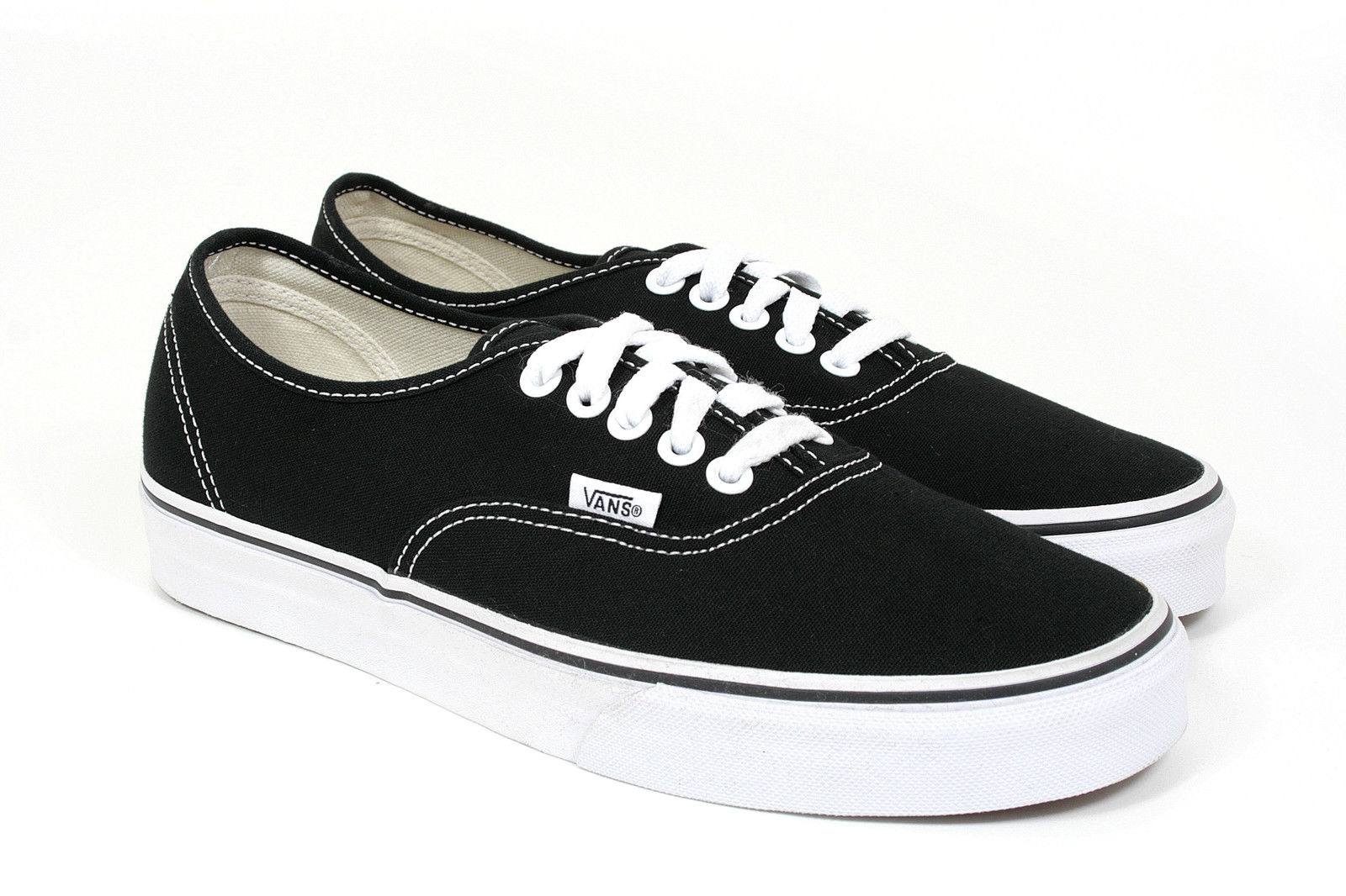 Vans -  AUTHENTIC - Black/White